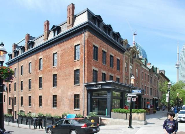 The restored 87 Front Street East. Image by Marcus Mitanis, 06/04/2014.