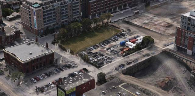 Aerial view over the Lisgar Park site from 2012, image from Apple Maps
