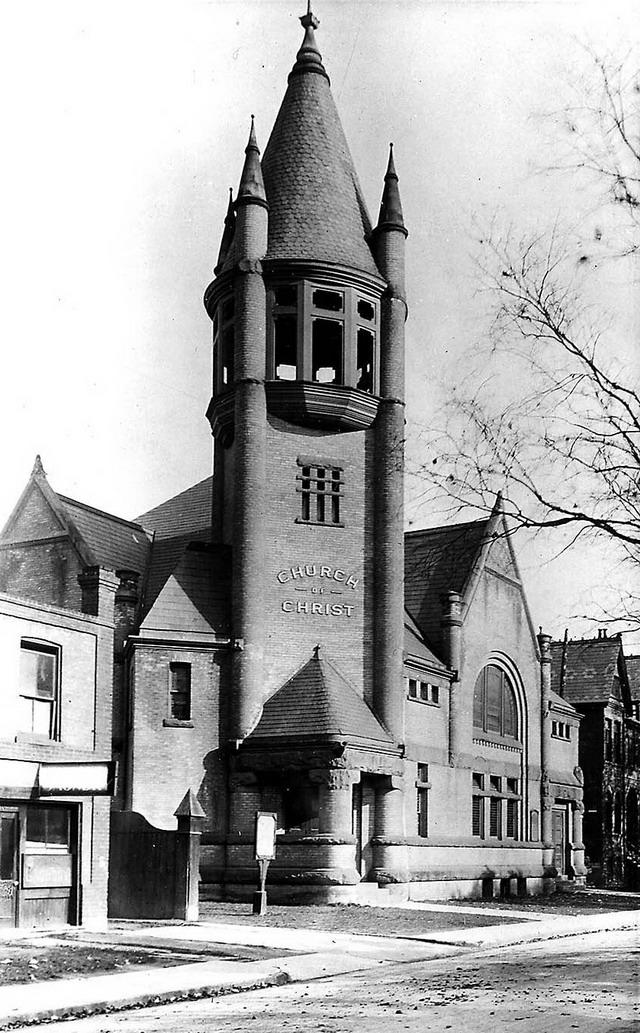 Church of Christ in 1912. Image by William James, City of Toronto Archives.