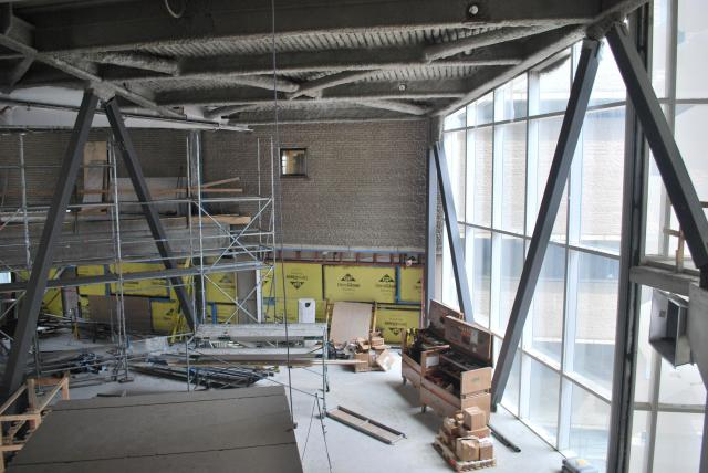 Looking at new west entrance of the Library Building. Image by Marcus Mitanis.