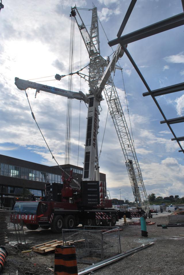 The jib will have to be raised to reach tower crane, image by Marcus Mitanis