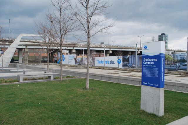 Sherbourne Common is located just west of Monde site, image by Marcus Mitanis
