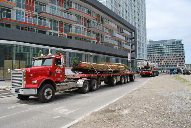 The move begins east along Fort York Boulevard, image by Marcus Mitanis