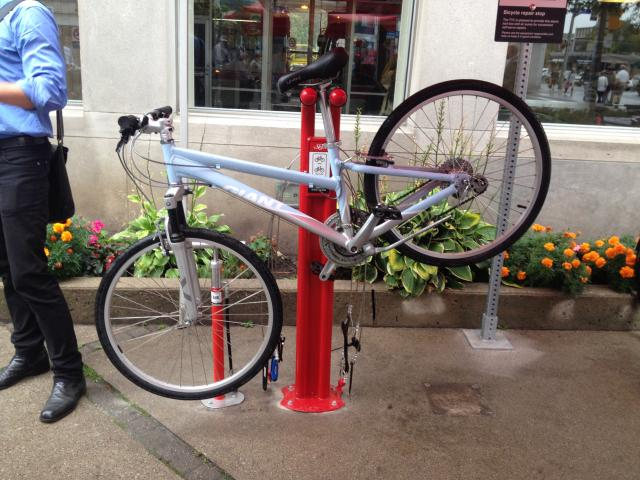 TTC Brings Bicycle Repair Facilities to Subway Stations ...