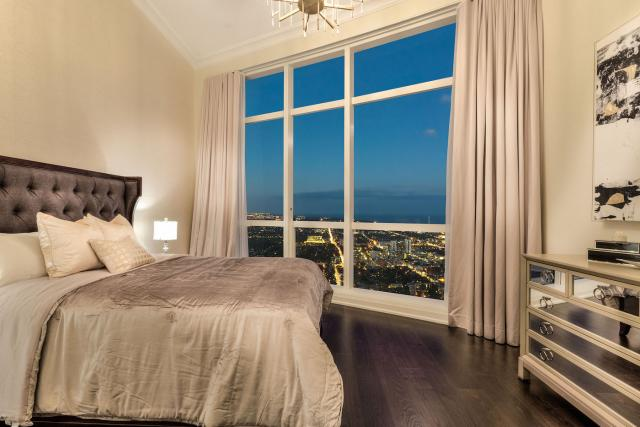 Bedroom in suite 7907, image courtesy of Canderel