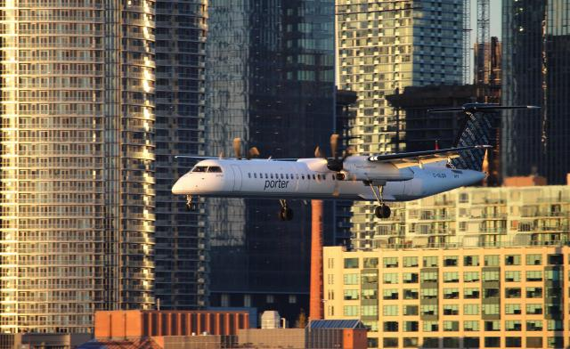 A Porter turbo-prop about to land at Billy Bishop Airport, image by Russell Suth