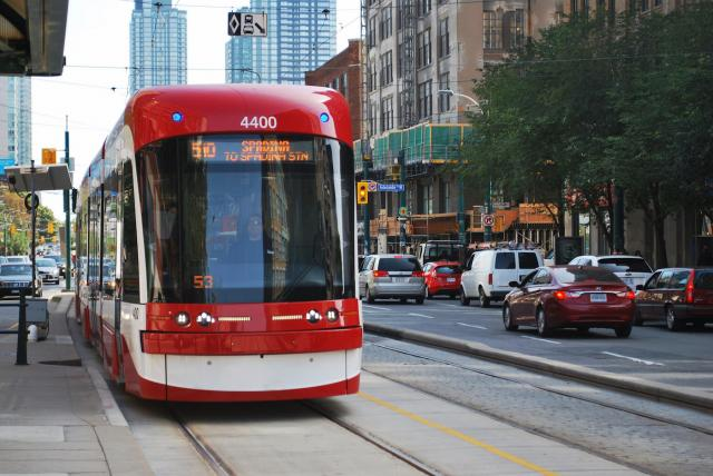 Transit is key to building a truly urban city, Canadian Urban Institute