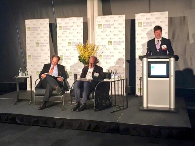 ULI's Richard Joy introduces William Fleissig and Ken Greenberg (l-r), image by