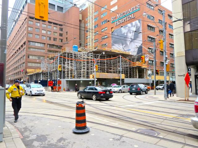 St. Michael's Hospital, Diamond Schmitt Architects, NORR Architects, Toronto