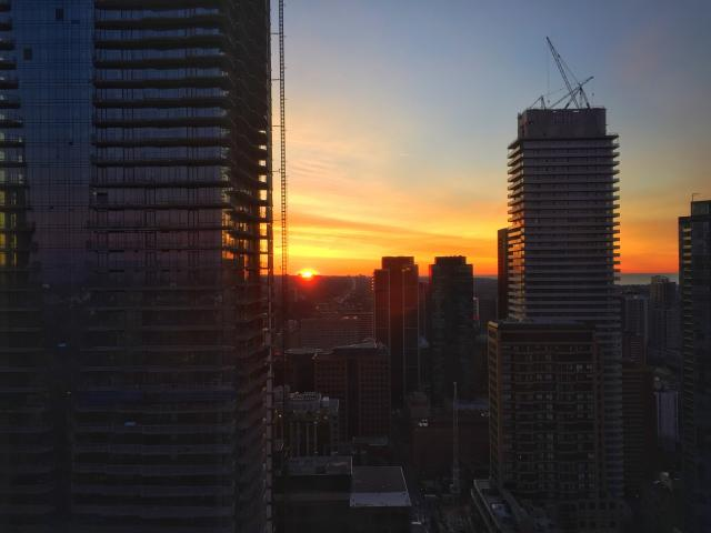 Photo of the Day, sunrise, Toronto, Bloor-Yorkville