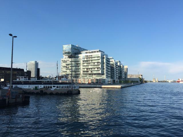 Waterlink at Pier 27, Toronto, by Cityzen, Fernbrook, architectsAlliance