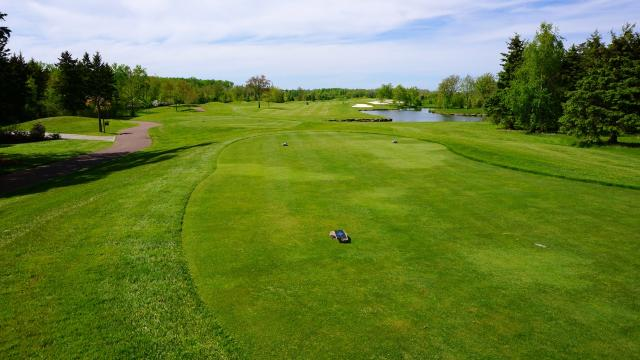 Fox Harb'r's front nine holes are laid out Parkland-style, image by Craig White
