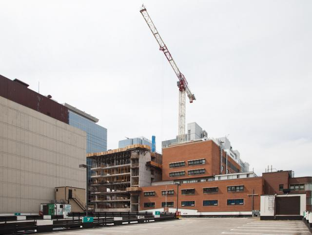 Peter Gilgan Patient Care Tower rising at St. Mike's, image by Jack Landau