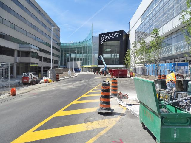 East entrance, Yorkdale Shopping Centre expansion