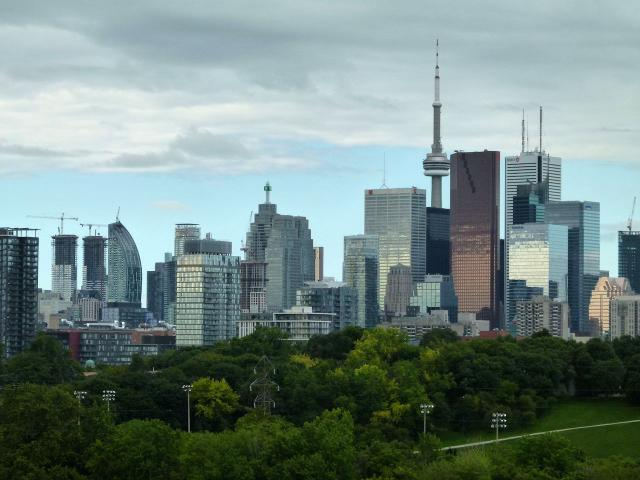 View of the Toronto skyline from Riverdale Park, image by skycandy