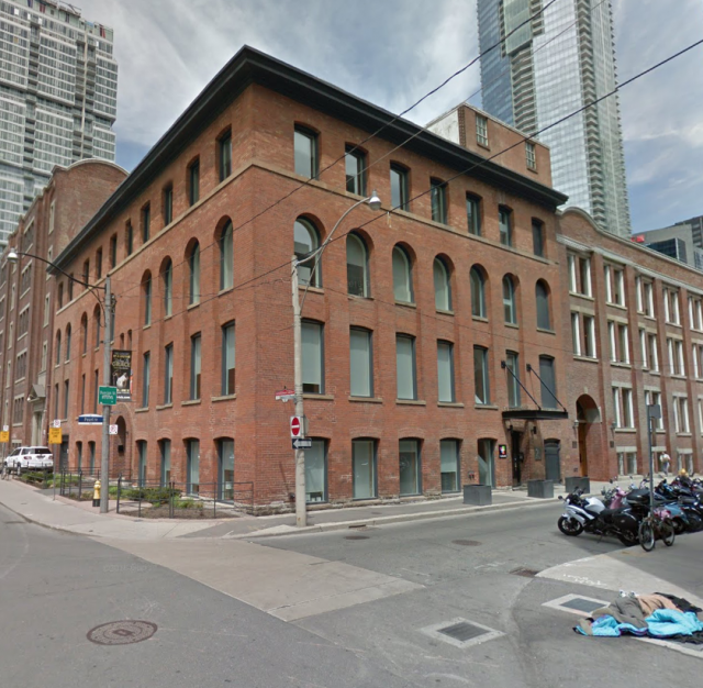 150 Pearl Street, Toronto, by The Conservatory Group, Richmond Architects