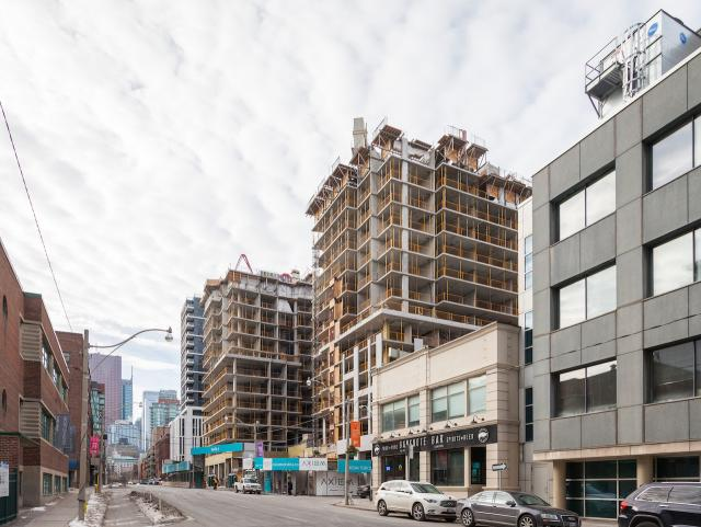 Axiom Condos, Toronto, Kirkor Architects, Greenpark, Fieldgate Homes