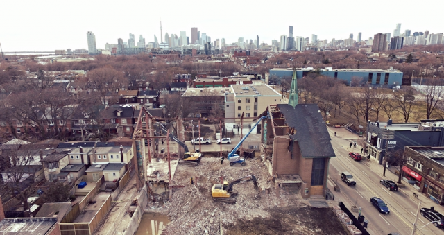 Excavation at 875 Queen East, Toronto, image by Forum contributor Jasonzed