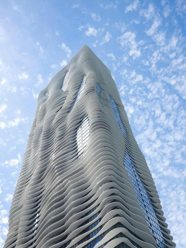 Chicago's Aqua tower, image via Studio Gang