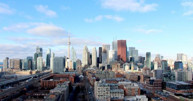 The Downtown Toronto skyline, image by UT Forum contributor Razz