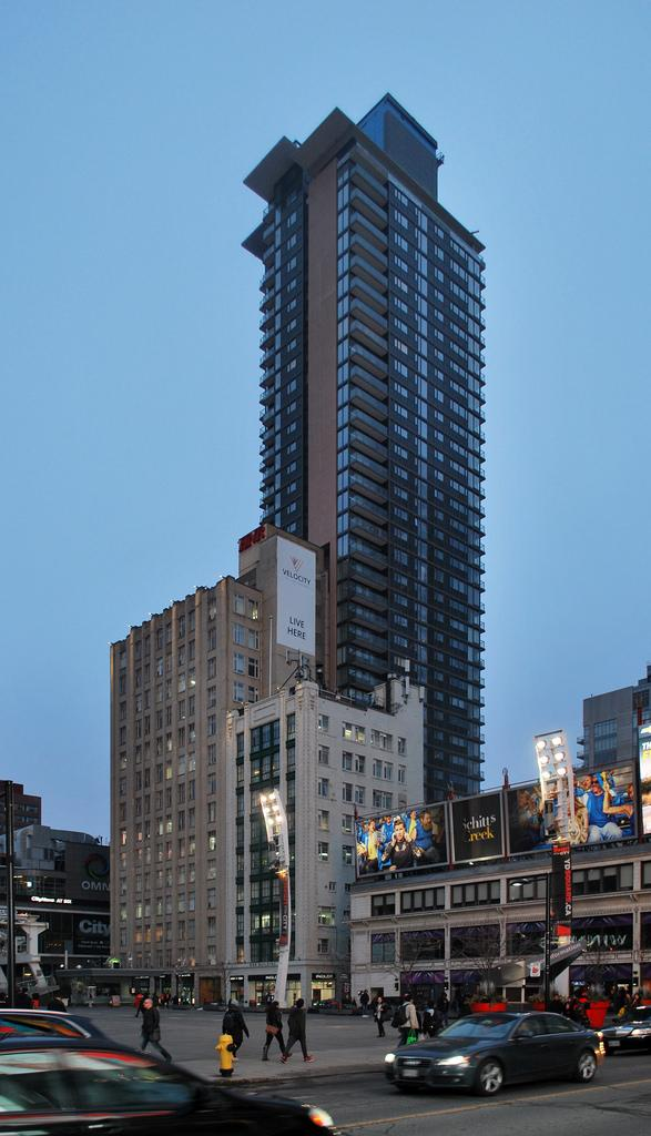Velocity at the Square, HNR Properties, Page+Steele/IBI Group Architect, Toronto