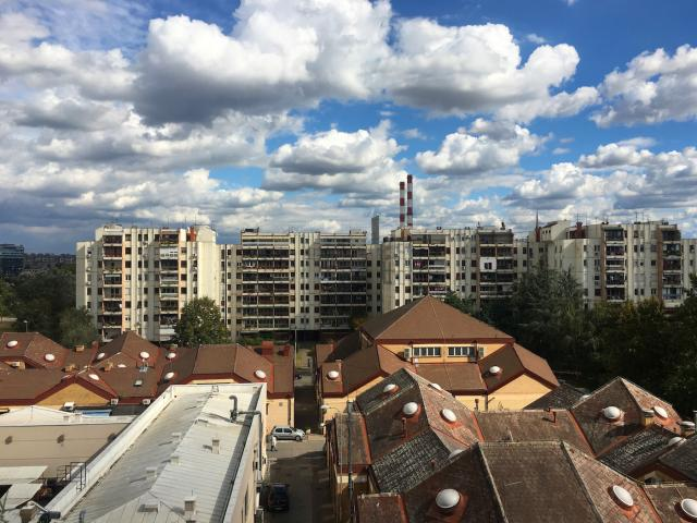 Mid-block commercial uses in the 'blokovi' neighbourhood in New Belgrade, image