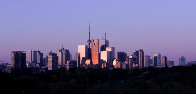 Photo of the Day, Toronto skyline, Leaside Bridge