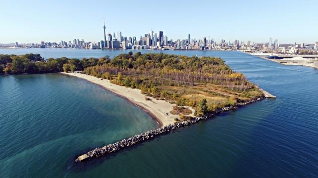 Photo of the Day, Toronto, skyline, Ward's Island, Eastern Gap, Lake Ontario