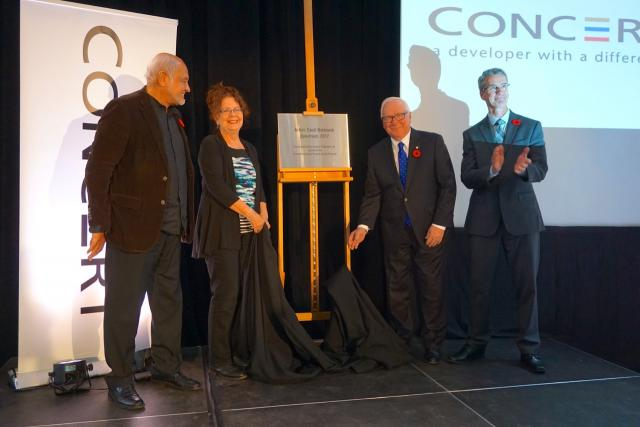 Balmond, Perdue, Podmore, and Wilson unveil the plaque for Spectrum at 88 Scott