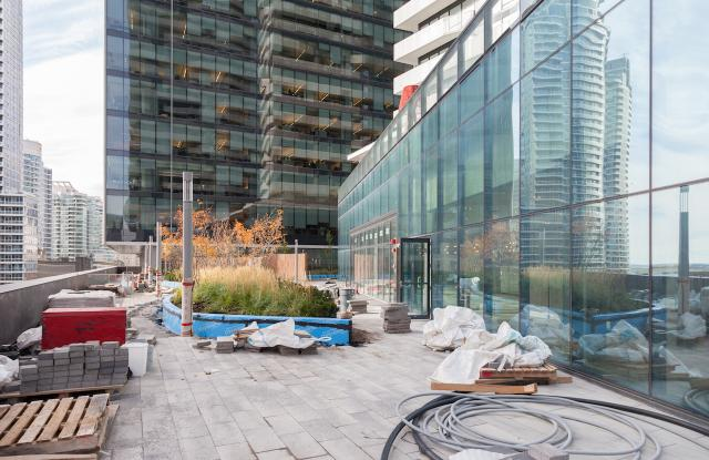 Terrace, Harbour Eats by Mercatino, Build It By Design, Harbour Plaza, Toronto
