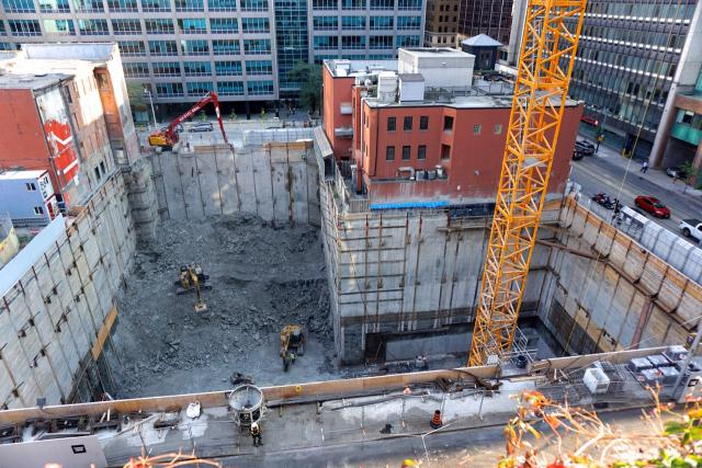 Excavation work for Yonge & Rich, Toronto, by architectsAlliance for Great Gulf