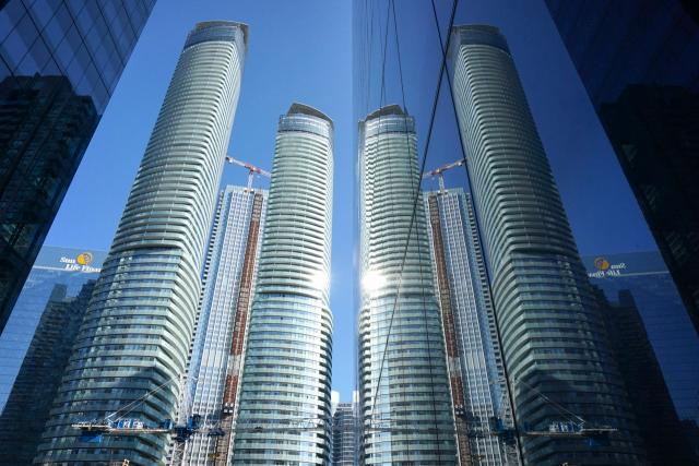 Photo of the Day, Toronto, South Core, Ïce Condominiums