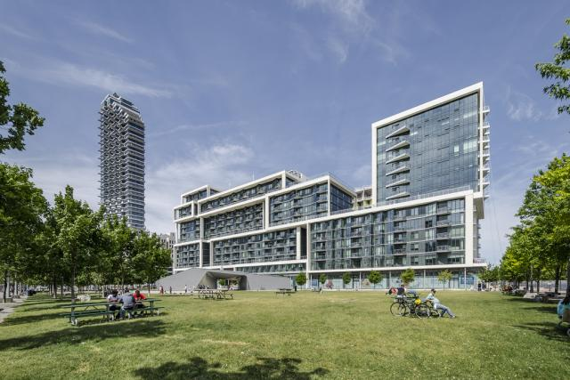 Photo of the Day, Toronto, Aqualina at Bayside, Arquitectonica, Hines, Tridel