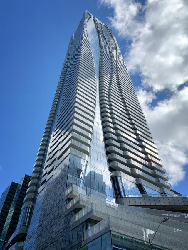 Photo of the Day, Toronto, One Bloor East, Great Gulf, Hariri Pontarini