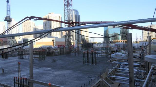 Wesley Tower, Daniels Corporation, Mississauga, Rafael + Bigauskas Architects