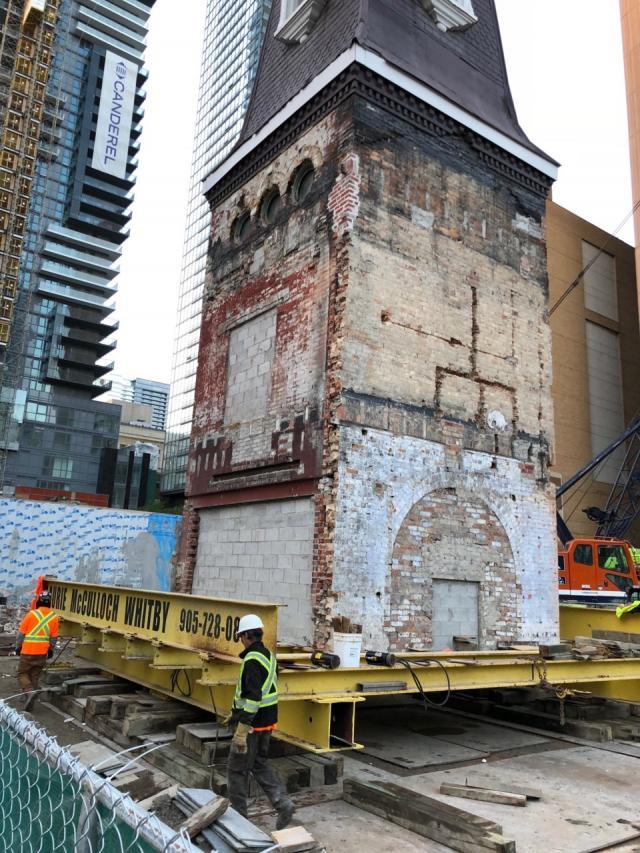 Halo Residences on Yonge, Toronto, Cresford, architectsAlliance