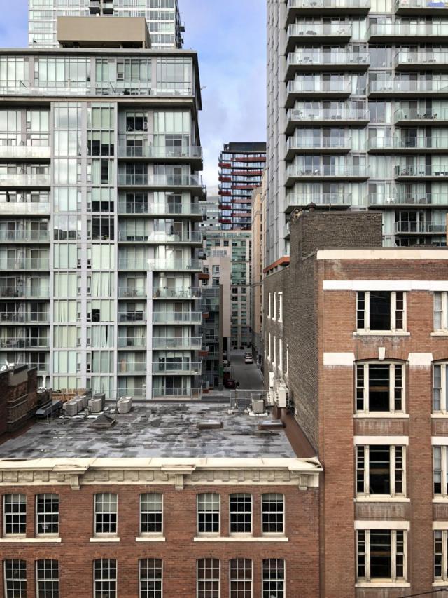 Photo of the Day, Toronto, SmartHouse, Urban Capital, Malibu, architectsAlliance