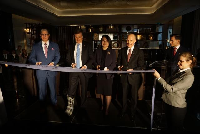 Cutting the ribbon on the St. Regis Toronto, Marriott Hotels and Resorts