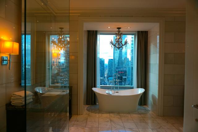John Jacob Astor suite at the St. Regis Toronto, image by Craig White