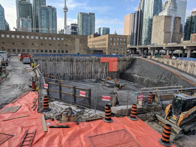 Sugar Wharf Condos, 100 Queens Quay, Menkes, Toronto