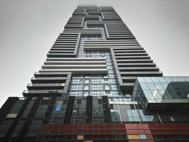 Photo of the Day, Toronto, YC Condos, Canderel