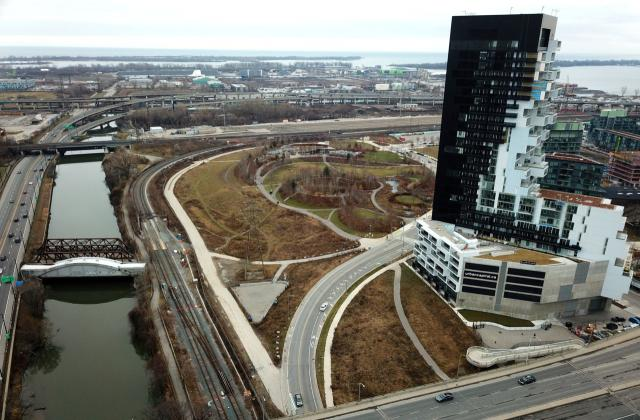 Photo of the Day, Toronto, RC3, River City 3, Corktown Common, West Don Lands