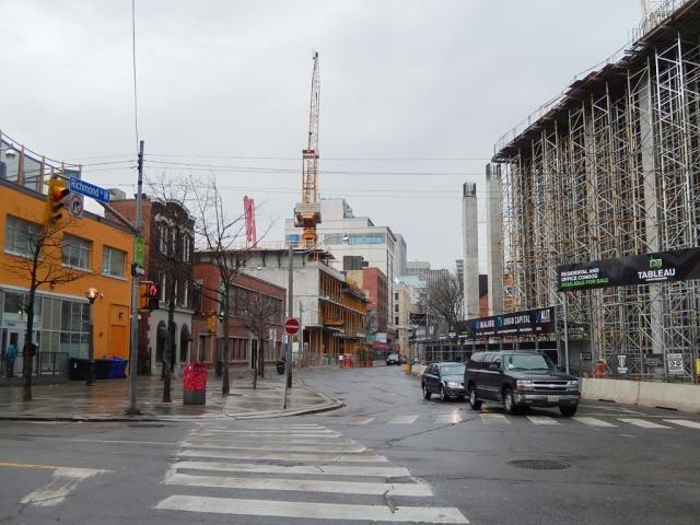 Throwback Thursday, Toronto, Picasso, Tableau, 330 Richmond