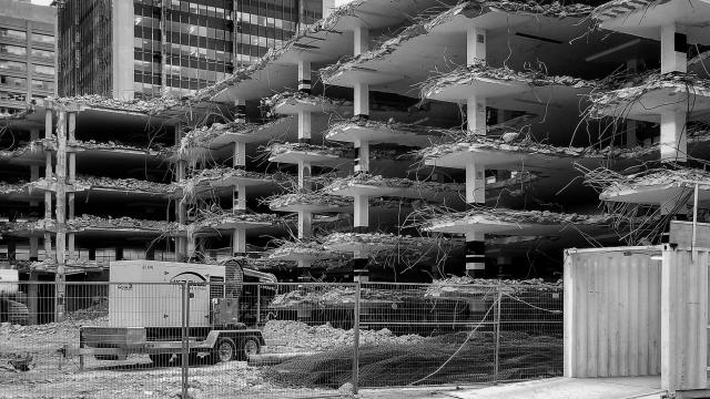 Photo of the Day, Toronto, 33 Yorkville, demolition