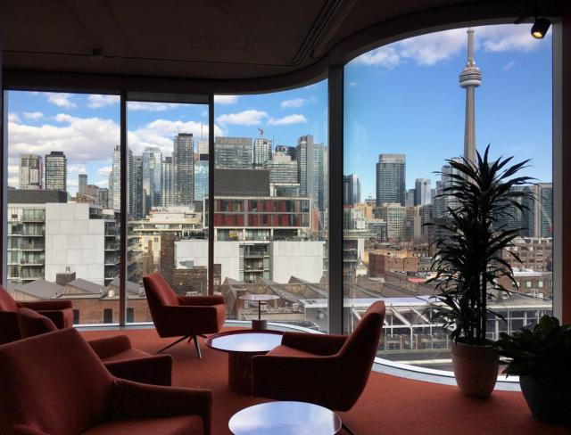 Photo of the Day, Toronto skyline, King Portland Centre