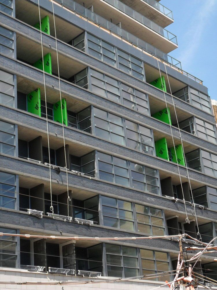 Balcony Dividers Get Special Treatment At Victory Condos