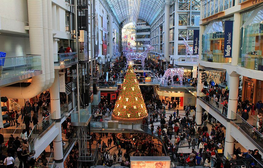 a8e5fad585d Photo Of The Day: Boxing Day At The Eaton Centre | Urban Toronto