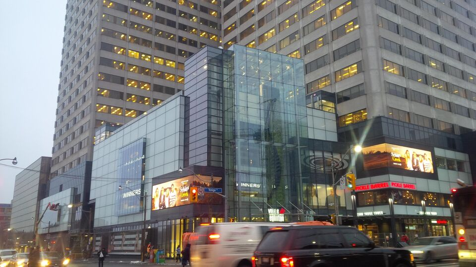 Photo Of The Nearly Complete Yonge Eglinton Centre, Image By Forum  Contributor Roundabout.