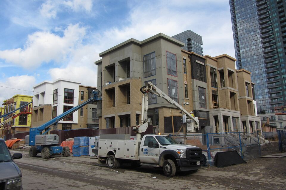 Wycliffe Homes North York Hendon Park Towns At Various Stages Of Completion In November 2015 Image By UT Forum Contributor Salsa