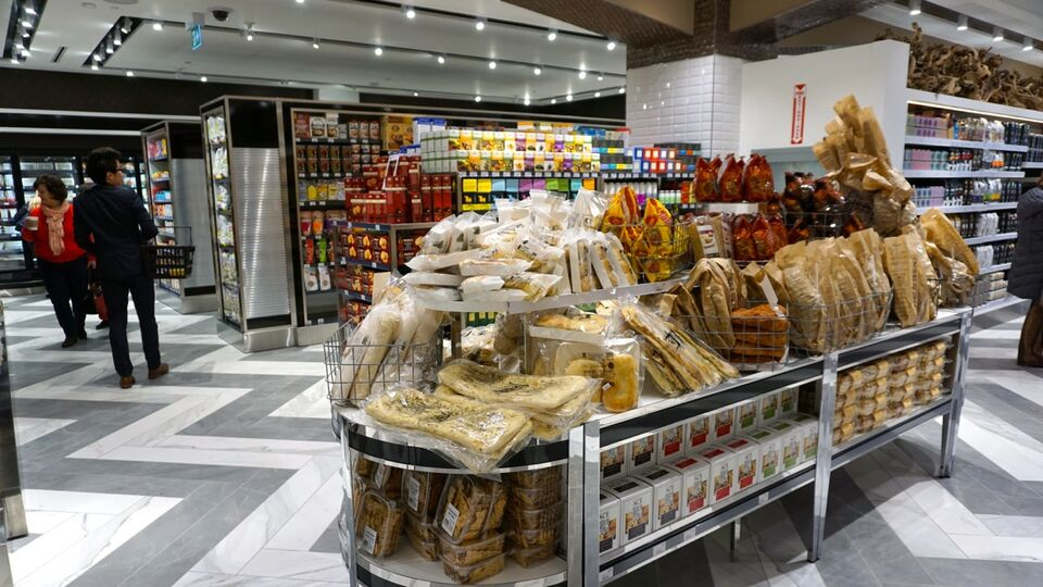 Bread and groceries at Pusateri s Food Hall in Saks Fifth Avenue at Sherway  Gardens 9b3cc80e74fc5